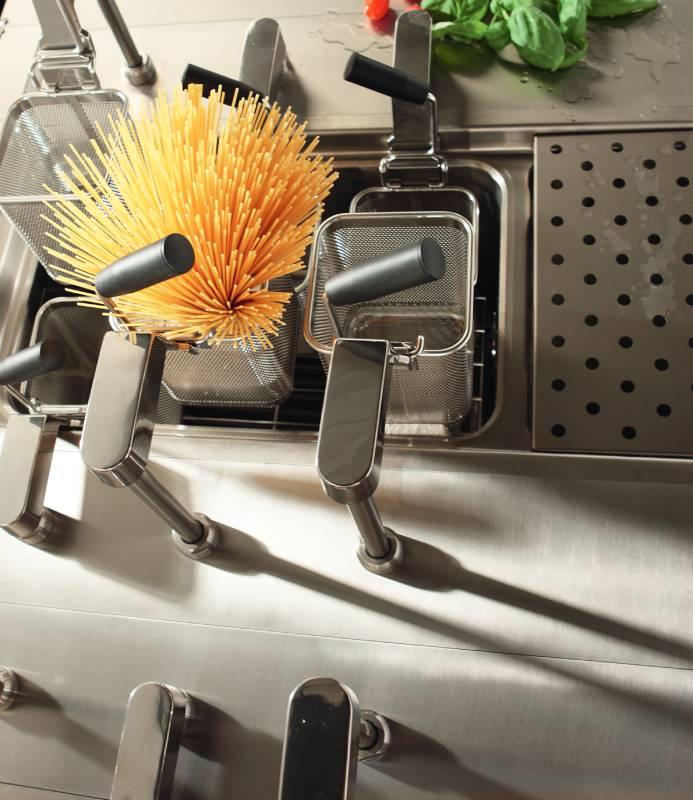 attrezzature ristorazione linea cottura